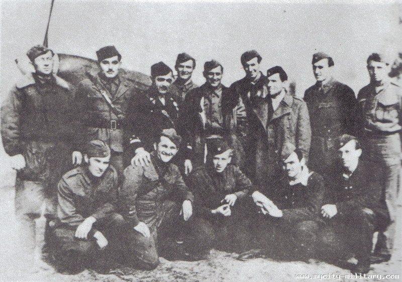 Stvaranje i razvoj vazduhoplovstva NOVJ (1942 - 1945) 18848_55876763_n17%202
