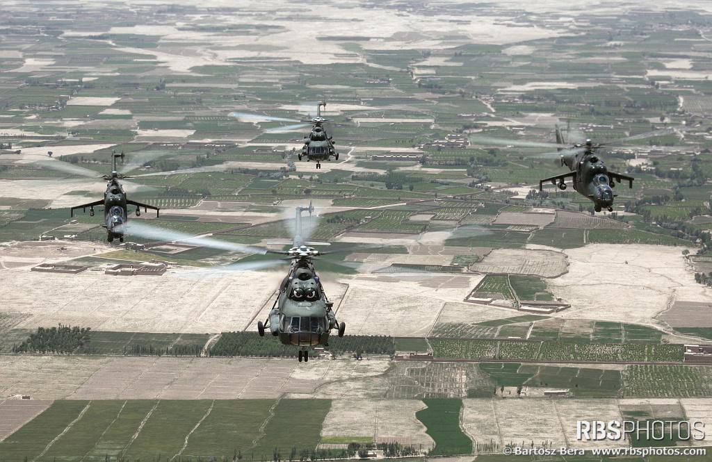 Mil Mi-8/Mi-17 Hip - Page 2 143473_124310852_01-01-01AVH-HIP2