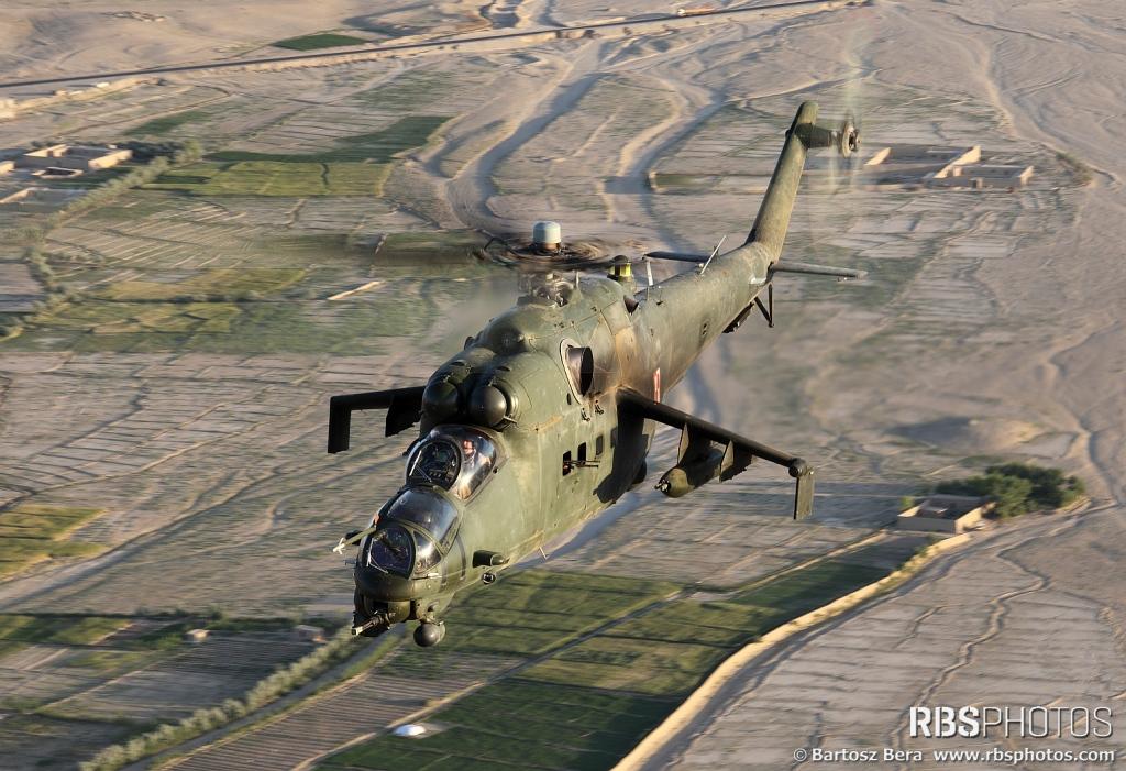 Mil Mi-24 Hind - Page 5 143473_52593063_01-01-01AVH-HIND1