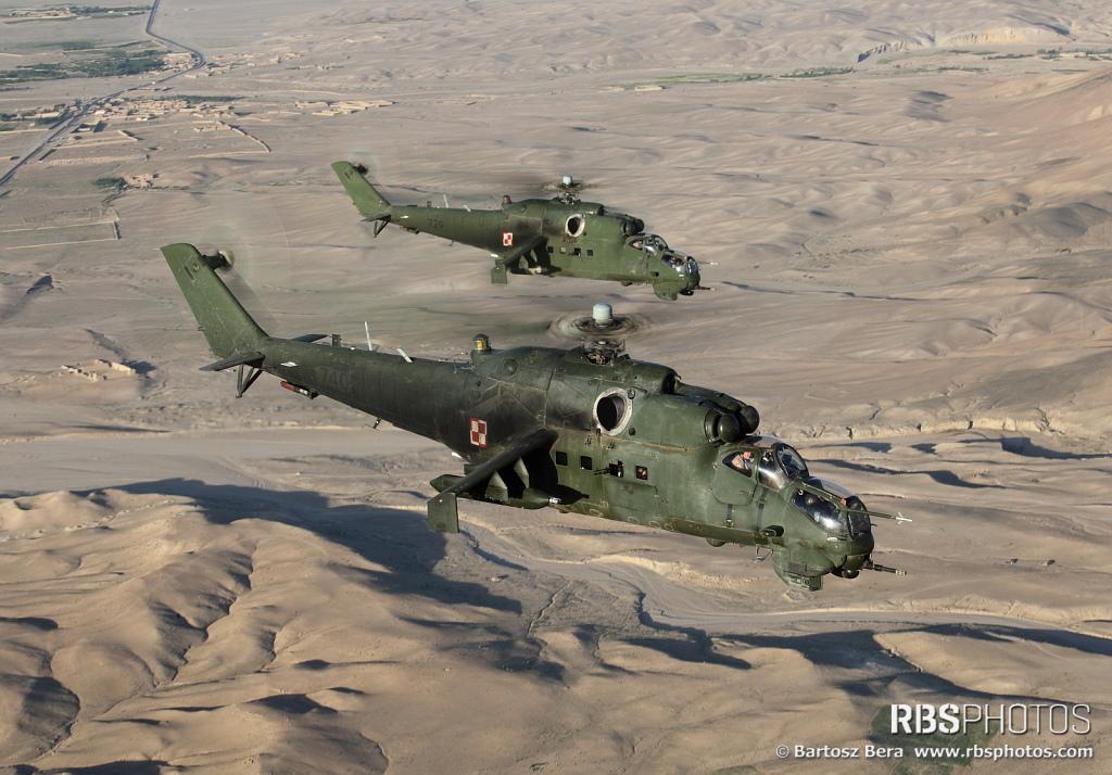 Mil Mi-24 Hind - Page 5 143473_52593063_01-01-01AVH-HIND3