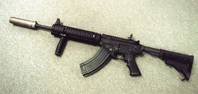 Colt (М16/М4) - Page 5 153367_113288929_Stoner%20SR-47